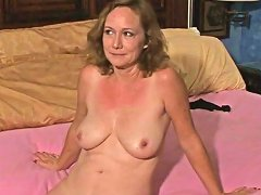 Gorgeous Chick Likes To Play With A Dick