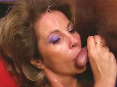 Mature Woman Fucked And Creamed Almost Bukkake