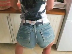 German Mom Caught Young Step Son Masturbate And Get
