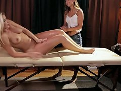 Allgirlmassage Uma Jolie Wears Anikka Down