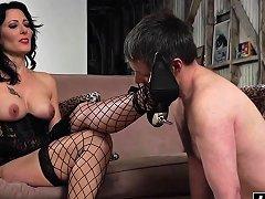 Zoe Has Fun With His Dick Nuvid