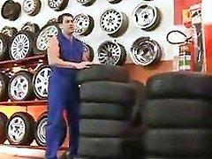 Julia Paes Garage Sex