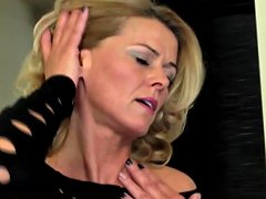 Busty Milf 039 S Hollywood Casting Suck And Fuck