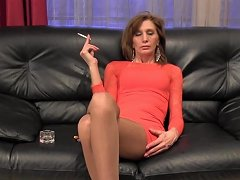 Tall Mature Anique Smoking Dangling Video